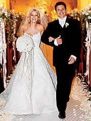 ivanka trump wedding dress | The Daily Batch